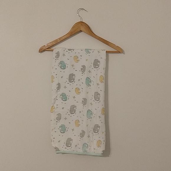 Silky soft bamboo Aden + Anais Stroller Blanket